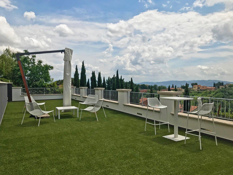 Trasforma il tuo terrazzo in un giardino. È facile e veloce!